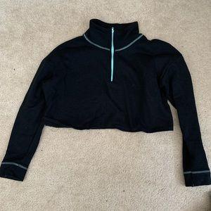 NWOT black crop sweatshirt
